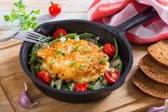 Сыр bteast цыпленка и пирожки лука земные Стоковые Фотографии RF