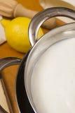Сыр Mascarpone варя дома Стоковая Фотография