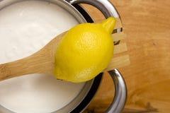 Сыр Mascarpone варя дома Стоковое Изображение RF