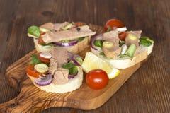 Сэндвичи тунца стоковая фотография rf