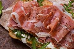 Сэндвич с ветчиной закалённый с перцем Стоковые Фото