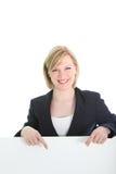 Ся женщина дела указывая на белую доску Стоковое Изображение