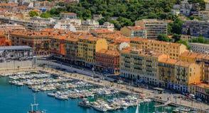 Славная береговая линия города на Средиземном море Стоковые Изображения