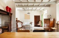 Славная просторная квартира, живущая комната Стоковое Изображение
