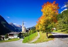 Славная старая церковь в Cortina, Италии Стоковая Фотография RF