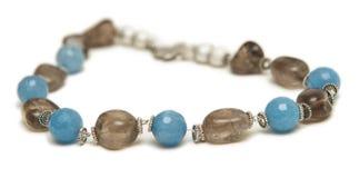 Славное ожерелье изолированное на белой предпосылке Стоковые Изображения