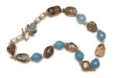 Славное ожерелье изолированное на белой предпосылке Стоковые Фотографии RF