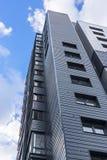 Славное современное многоэтажное здание Стоковые Изображения
