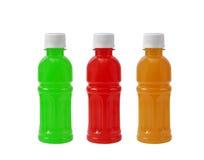 Сладостная бутылка с водой изолированная на белой предпосылке Стоковые Изображения RF