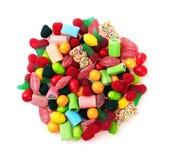 Сладостная красочная конфета, изолированная на белизне Стоковые Фото