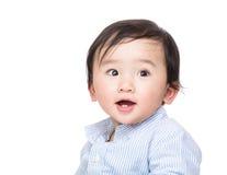 Сладостная улыбка ребёнка стоковые фото