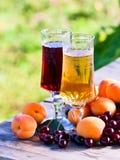 Сладостное вино и плодоовощи Стоковая Фотография RF