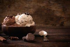 Сладостное домашнее мороженое стоковая фотография rf