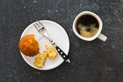 Сладостные булочка и кофе Стоковое фото RF