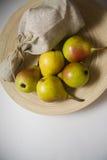 Сладостные желтые груши Стоковые Фотографии RF