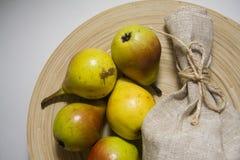 Сладостные желтые груши Стоковое фото RF