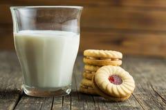 Сладостные печенья с вареньем Стоковое Фото