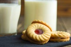 Сладостные печенья с вареньем Стоковое Изображение