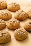 Сладостные плюшки тыквы с циннамоном и имбирем Стоковые Фото