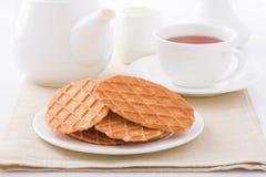 Сладостные waffles на белой плите Стоковое фото RF