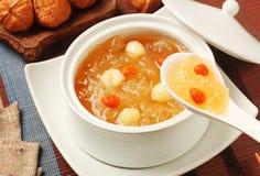 Сладостный белого суп семян грибка и лотоса Стоковая Фотография RF