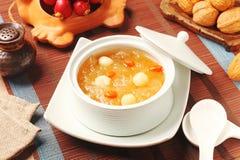 Сладостный белого суп семян грибка и лотоса Стоковое Изображение