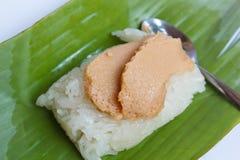 Сладостный липкий рис с отбензиниванием заварного крема яичка. Стоковая Фотография RF