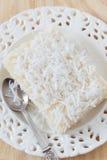 Сладостный пудинг кускус (тапиоки) (doce cuscuz) с кокосом Стоковая Фотография RF