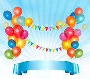 С днем рождения предпосылка с цветастыми воздушными шарами Стоковая Фотография
