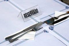 сдержанно таблица знака ресторана Стоковое Изображение