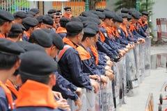 Сдерживание толпы полиции стоковое изображение rf