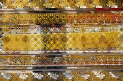 Сделанная по образцу стена виска в Таиланде Стоковые Изображения