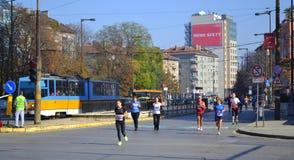 След бульвара марафона Софии городской Стоковые Изображения