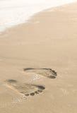 следы ноги пляжа Стоковая Фотография RF