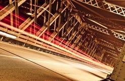Следы света на мосте, Кремоне, Италии Стоковые Фотографии RF