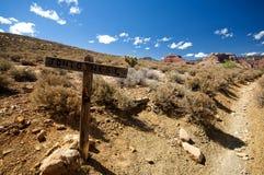 След Tonto западный подписывает внутри гранд-каньон Стоковые Изображения