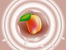 Сливк молока персика Стоковые Фото