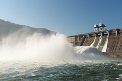 Станция гидроэлектрической энергии Стоковые Изображения RF