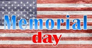 Слова Дня памяти погибших в войнах над американским флагом стоковое изображение