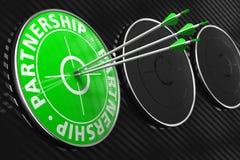 Слова партнерства на зеленой цели. Стоковые Изображения