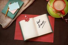 Слова лучших другов на красивой винтажной предпосылке Стоковые Фото
