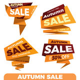 слово сбывания листьев осени красное Стикер шаблона значка знамени ценника ярлыка продажи Стоковые Изображения RF