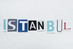 Слово Стамбул отрезало от газеты на handmade бумаге Стоковые Изображения RF