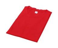 Сложенная изолированная футболка стоковые изображения rf