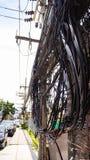 Сложность провода кабеля на улице Samui, Таиланда Стоковое фото RF