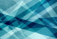 Слои голубого зеленого цвета и белизны в абстрактной картине предпосылки с линиями треугольниками и нашивками в геометрическом ди Стоковые Фото