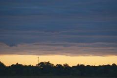 Слой облаков загоренных рассветом Стоковое Изображение RF