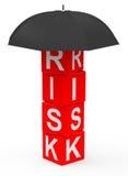 сломанная предпосылкой белизна риска управления eggshells яичка Стоковая Фотография