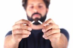 Сломанная сигарета Стоковое Фото