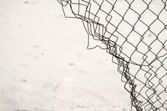 Сломленная загородка звена цепи Стоковое Изображение RF
